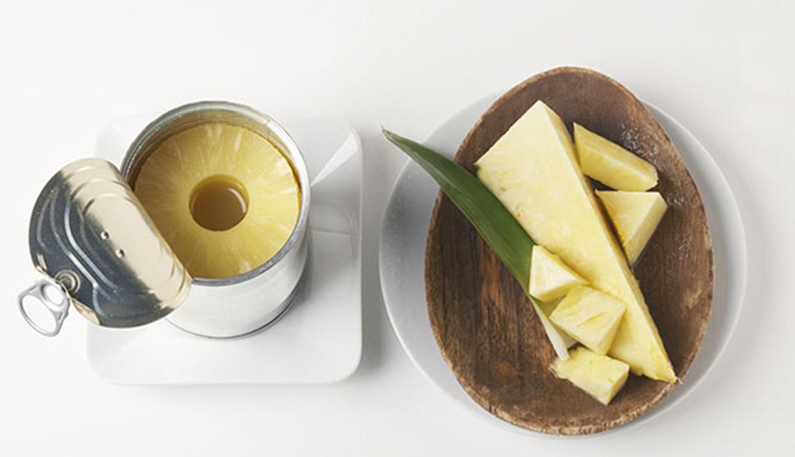 Piña enlatada  - Alimentos que puedes donar