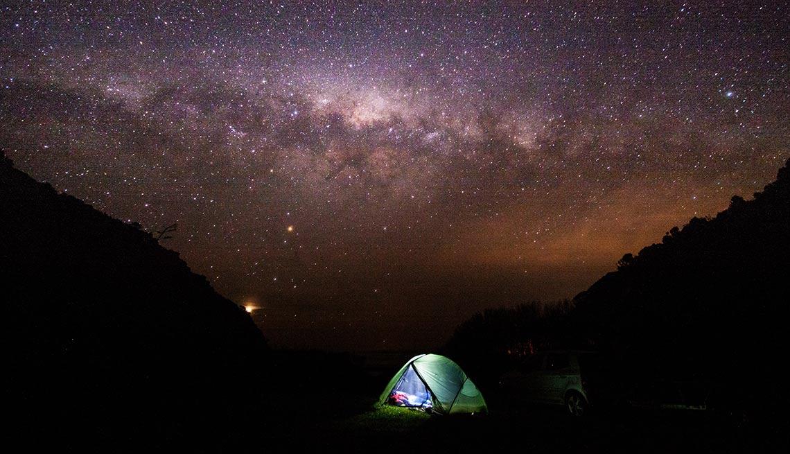Acampando bajo las estrellas