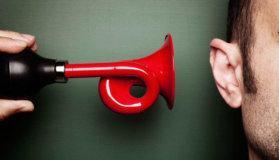 Bocina haciendo ruido directamente al oído