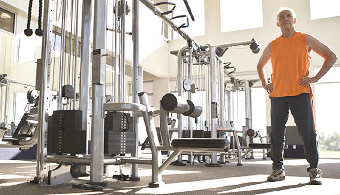 Máquinas de pesas universales en los gimnasios - Modas de los g