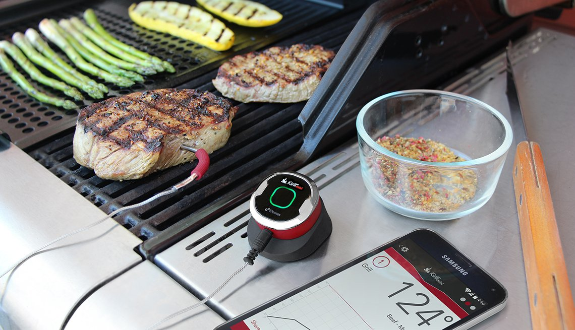 Food thermometer for the grill, Healthy Holiday Gift Guide