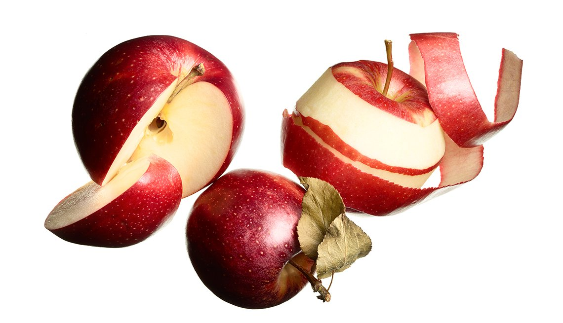 Peeled and cut red apples, Heart-Healthy Foods
