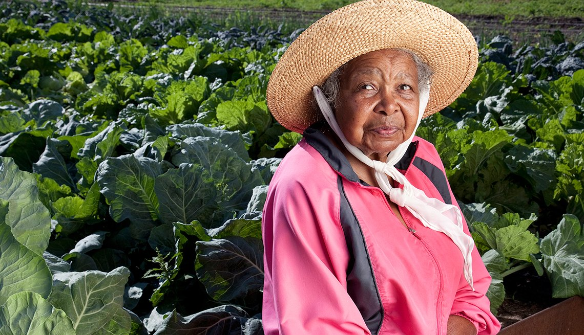Tommie Mae Bender, Detroit, Mich., gardens, Prevent stress