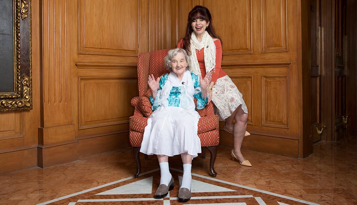 Alicia Gallegos de Martínez y su hija Ligia Houben