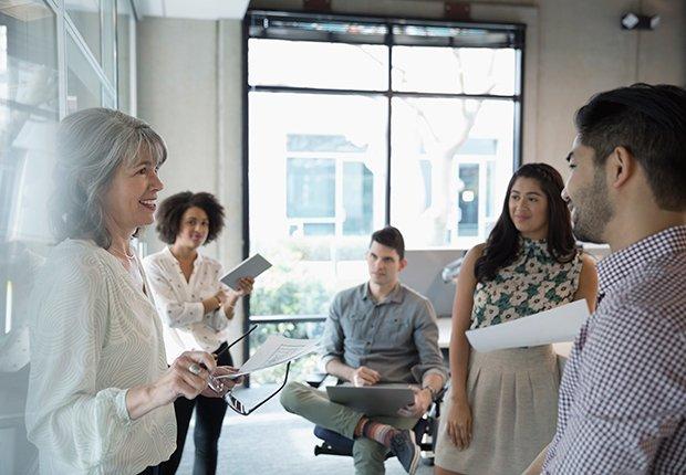 Grupo de personas en un trabajo