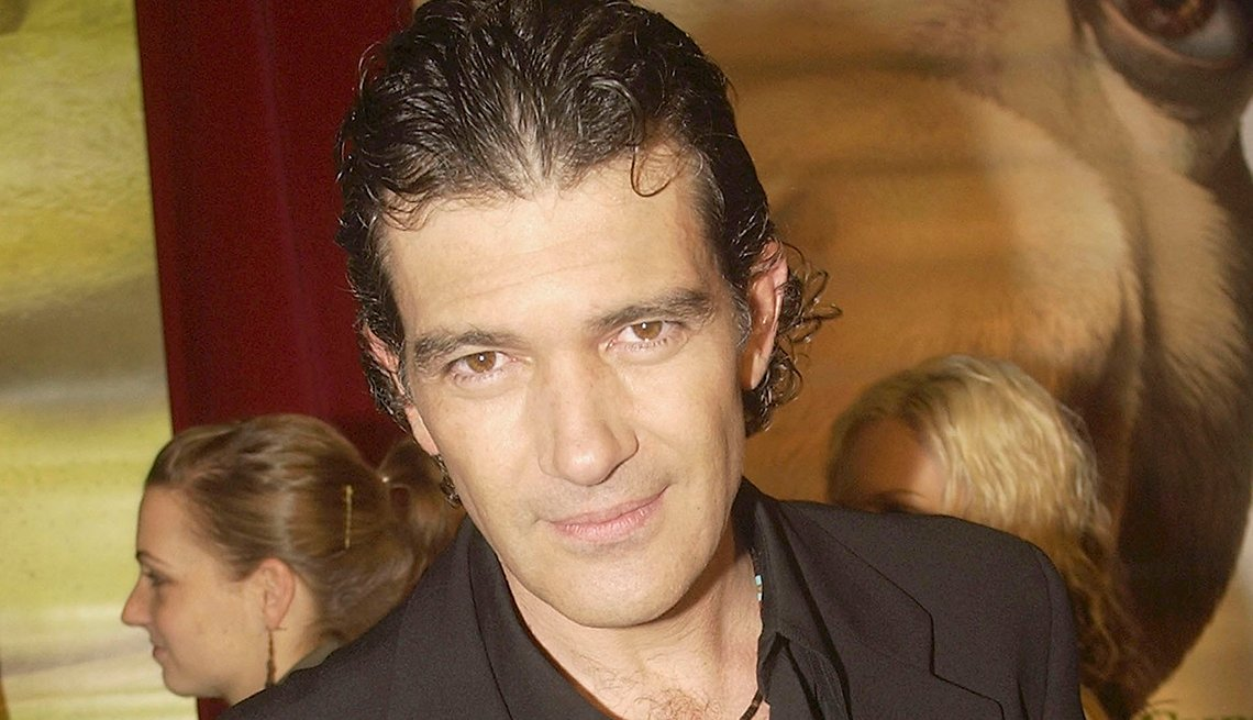 antonio, banderas, stay, fit, healthy