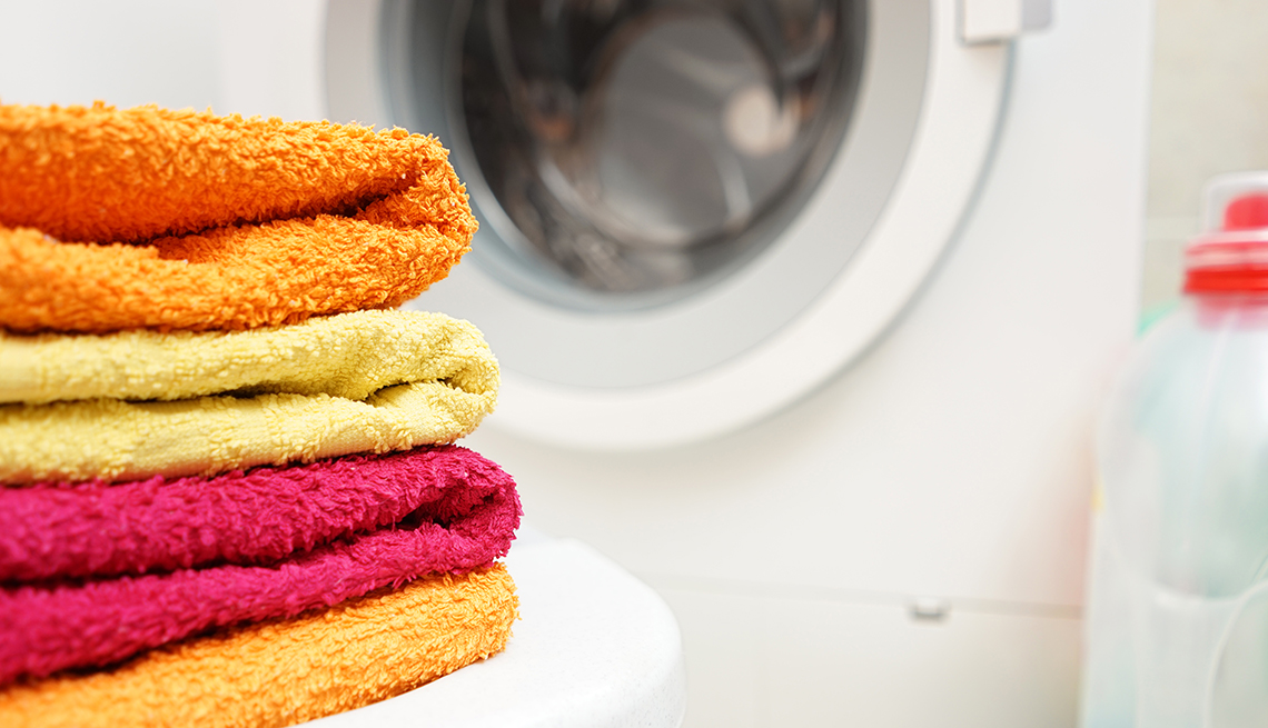 How To Clean Towels Remove Mildew And Bacteria