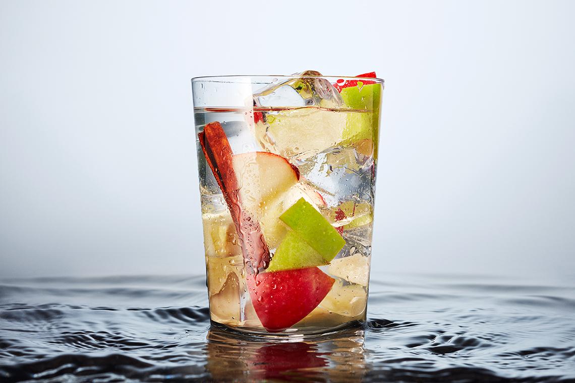 Agua con manzana y canela