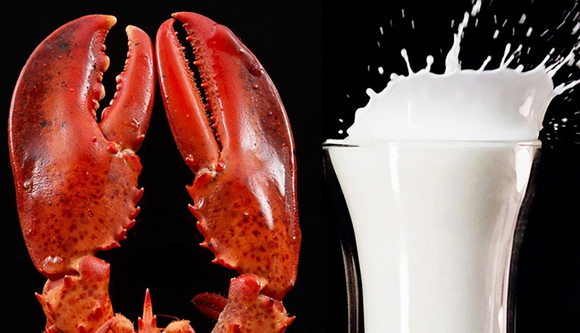 Una langosta y un vaso de leche