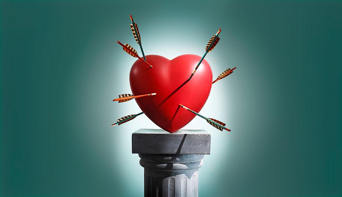 Corazón con varias flechas que lo atraviesan