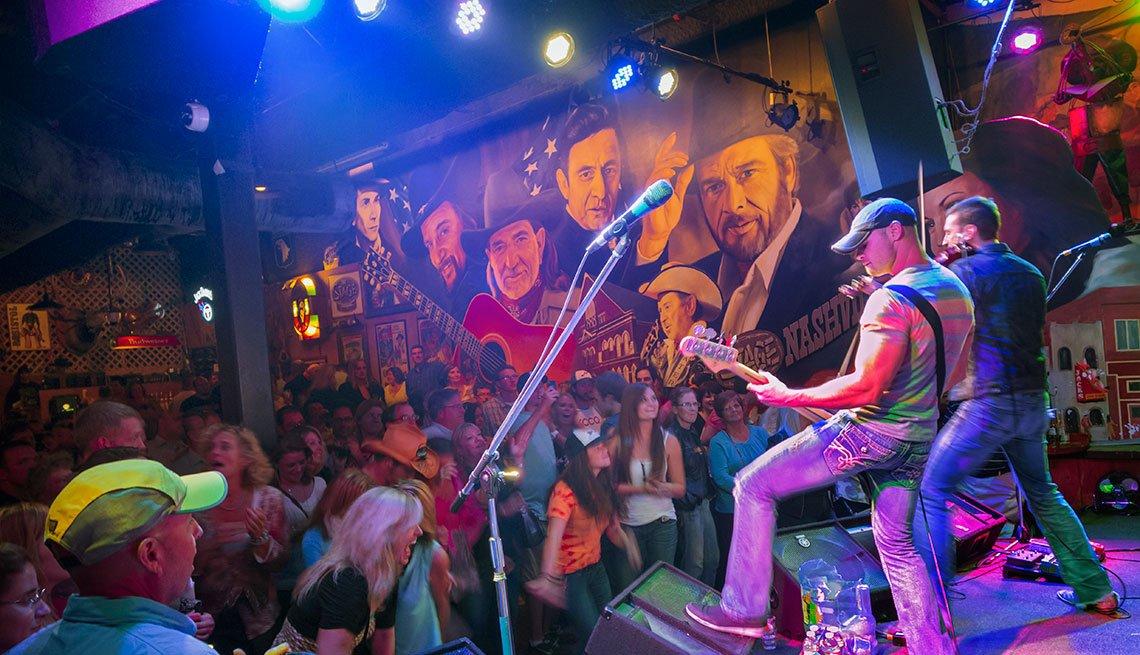 live music at a bar