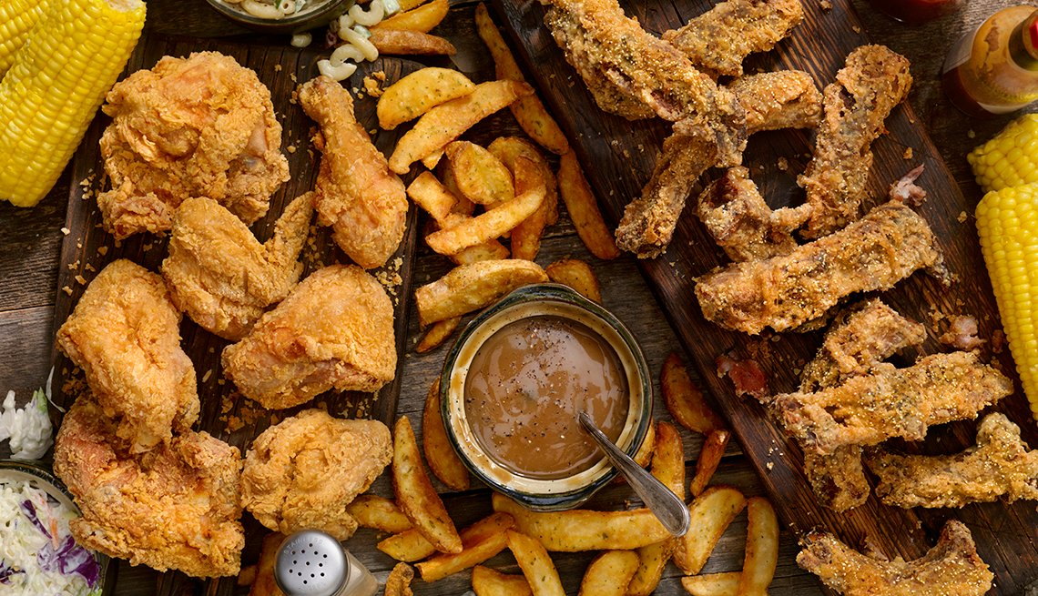 Fried ribs and chicken
