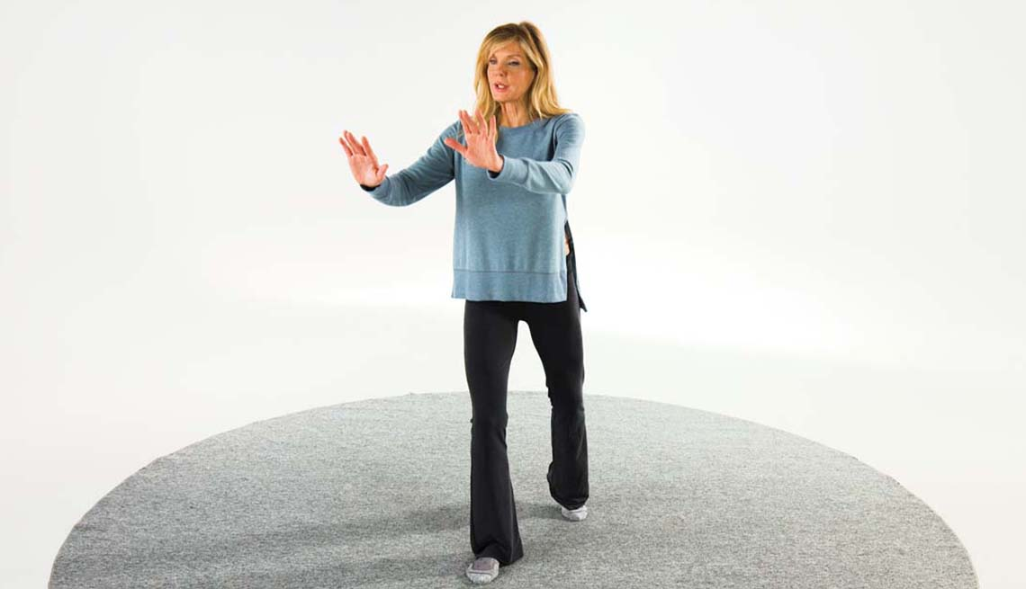 Tai Chi for Better Balance and Strength Training