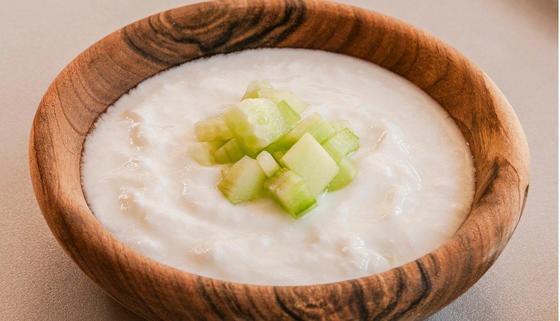 Tazón de yogur salado