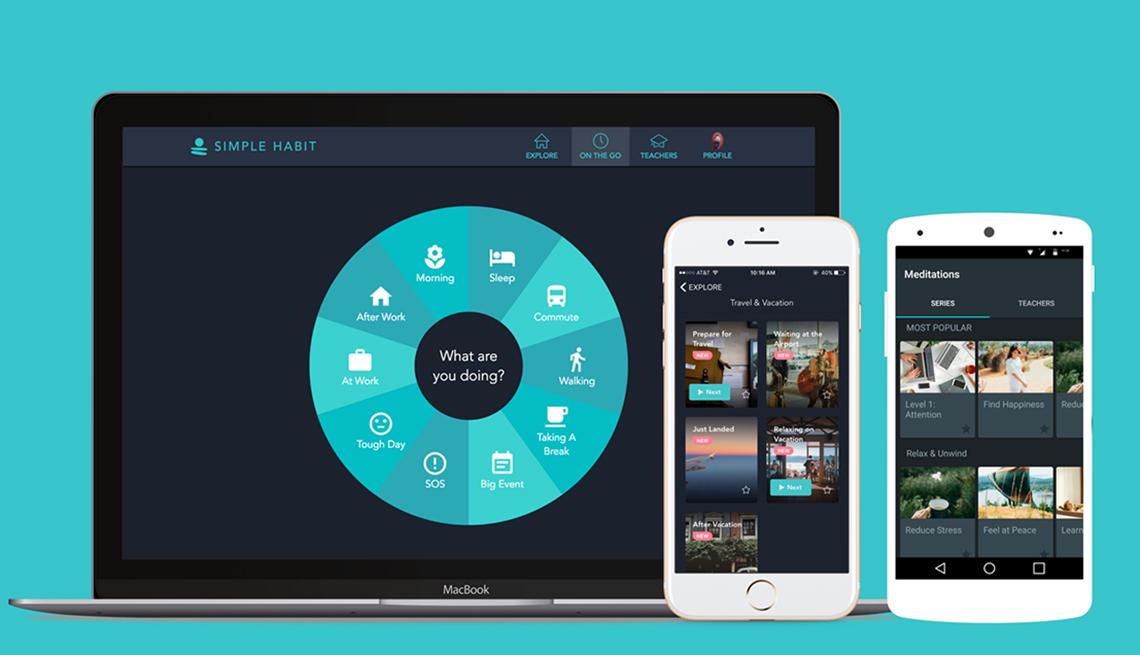 Una computadora portátil y dos teléfonos móviles muestran la aplicación Simple Habit