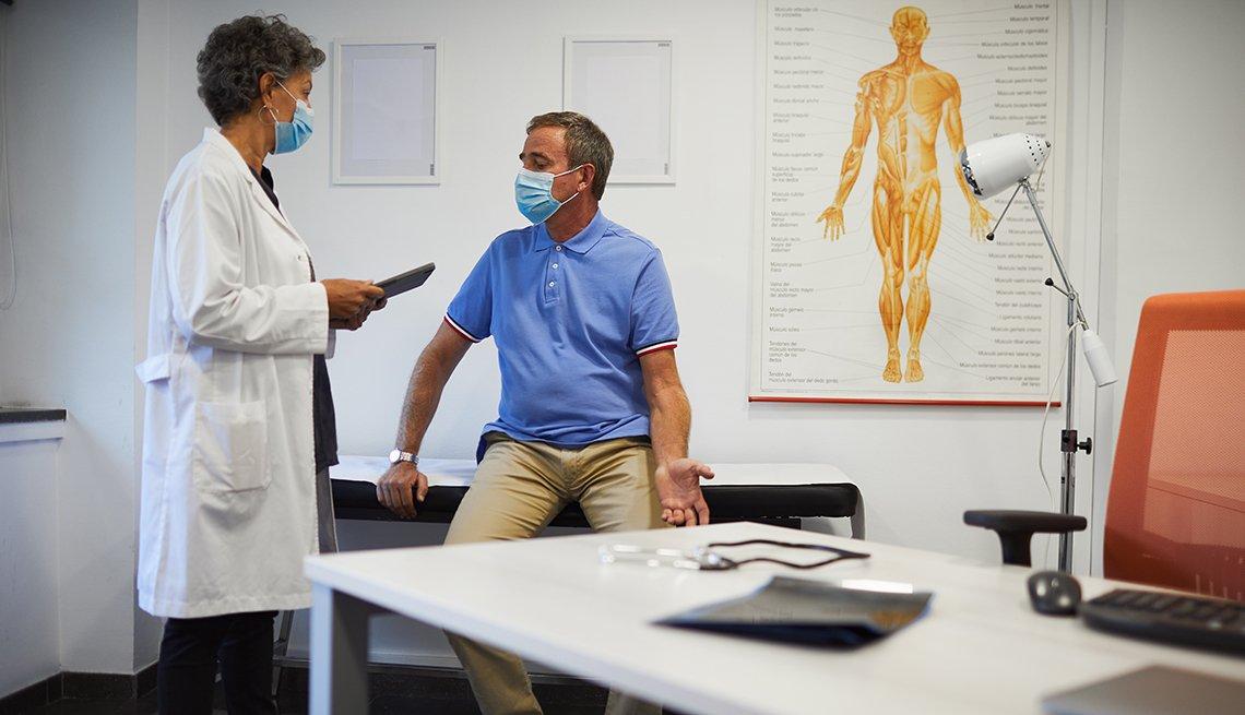Paciente hablando con su médico