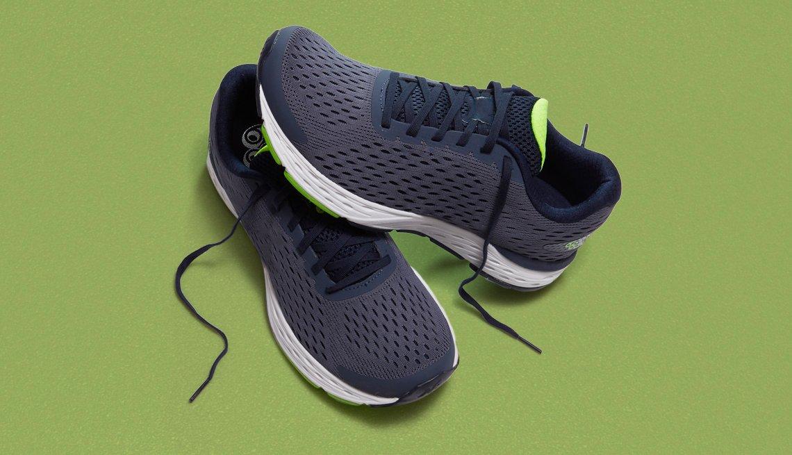 Un par de zapatillas de correr