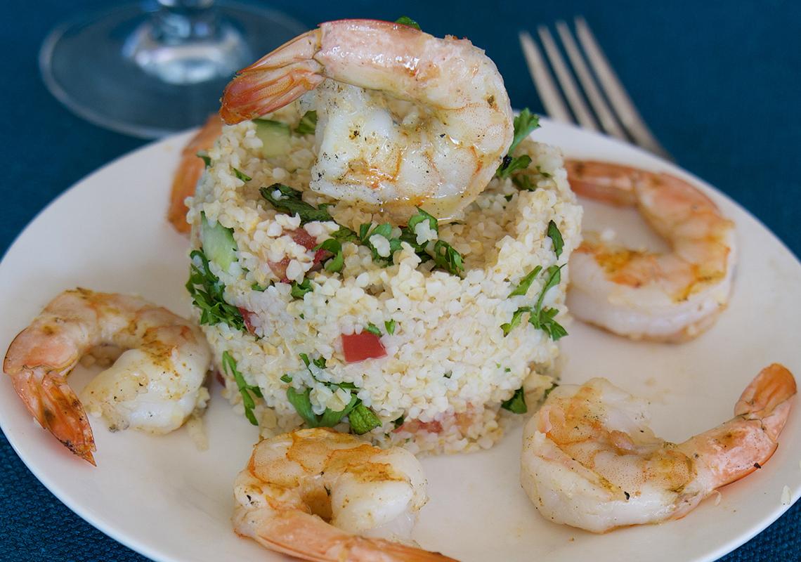 mediterranean tabbouleh with grilled shrimp