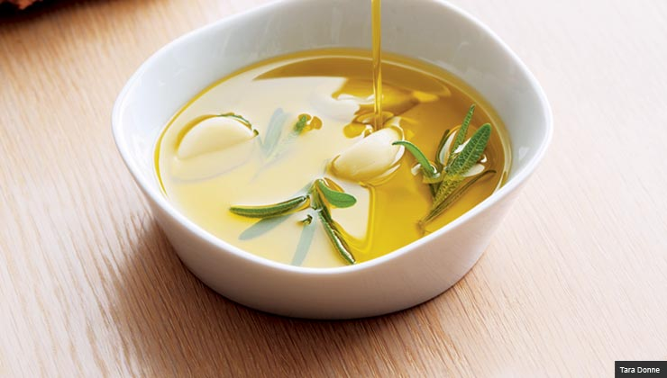 a bowl of olive oil, a good fat