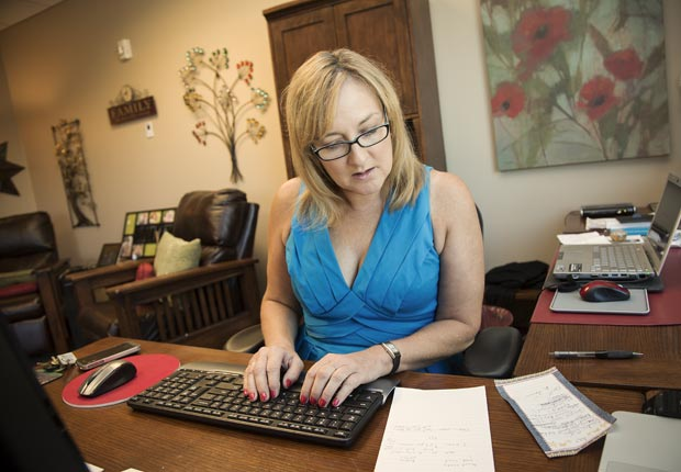Amy Goyer in her office away from home, Juggling Work and Caregiving (Beth Perkins Photography)