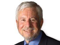 Dr. Michael Cortés