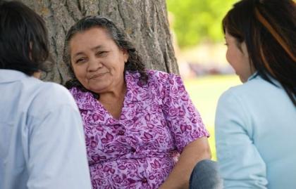 Centro de Recursos de Cuidado: ¿Dónde se puede obtener más recursos en Los Angeles, San Antonio y Phoenix?