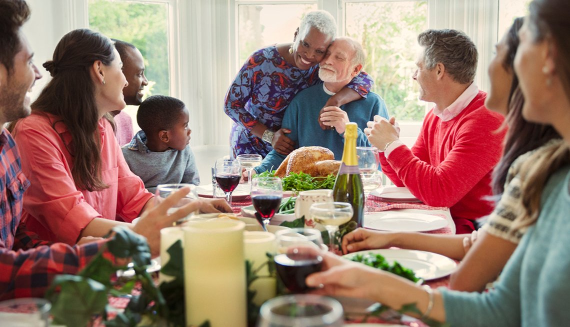 What caregivers should and shouldn't say at holiday dinner table