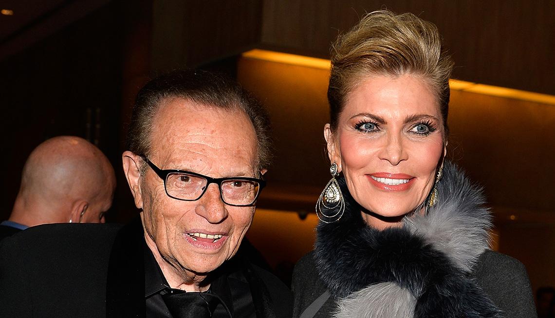 Larry King y Shawn King - Matrimonios de famosos con una gran diferencia de edad
