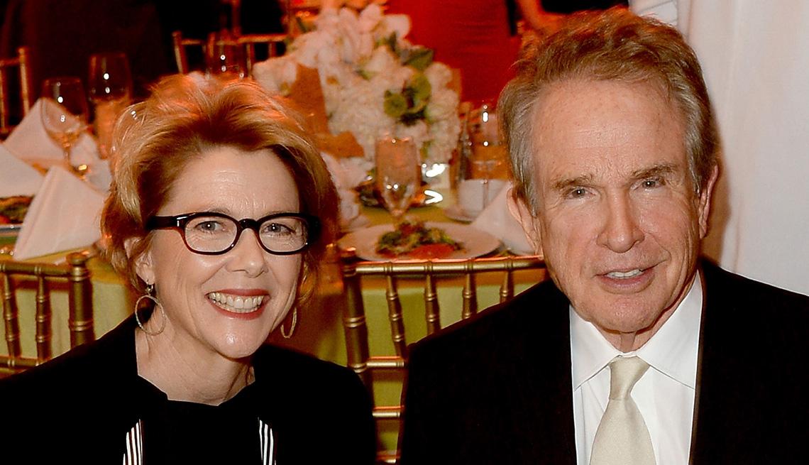 Warren Beatty y Annette Bening - Matrimonios de famosos con una gran diferencia de edad