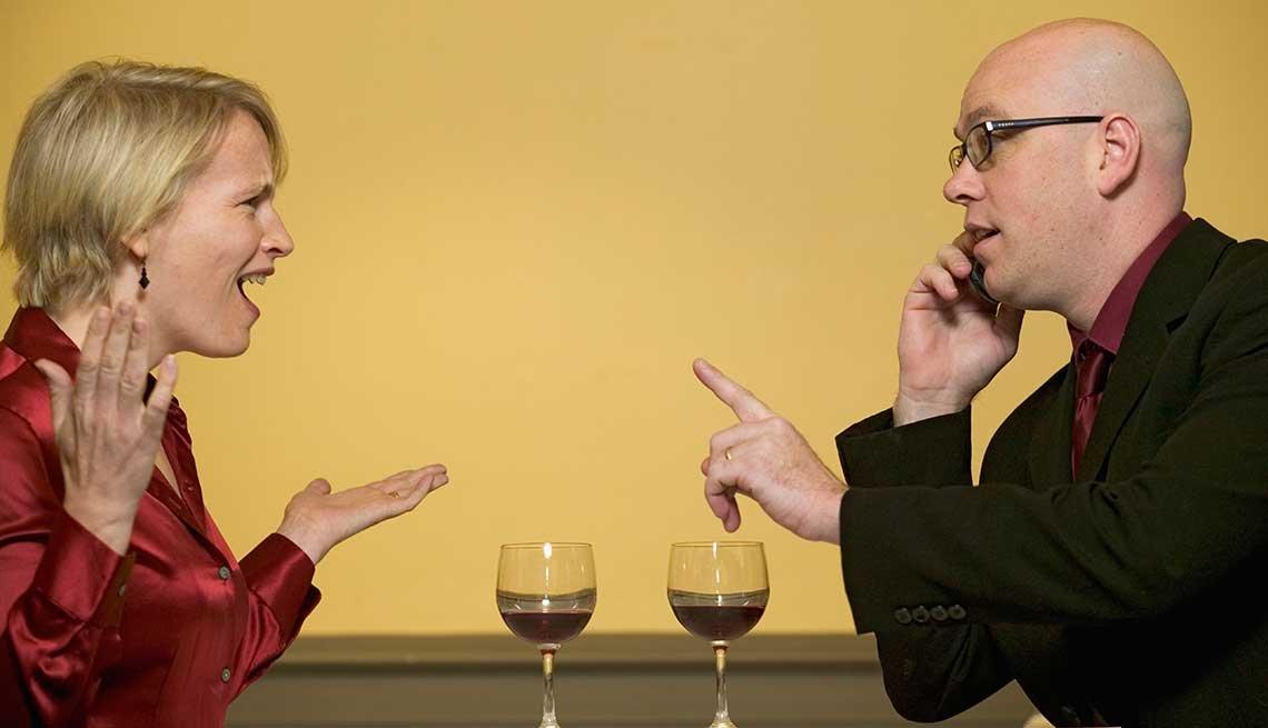 Qué deberías hacer o no hacer en tu primera cita