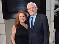 Marlo Thomas; columnist; relationships; phil donahue; celebrity