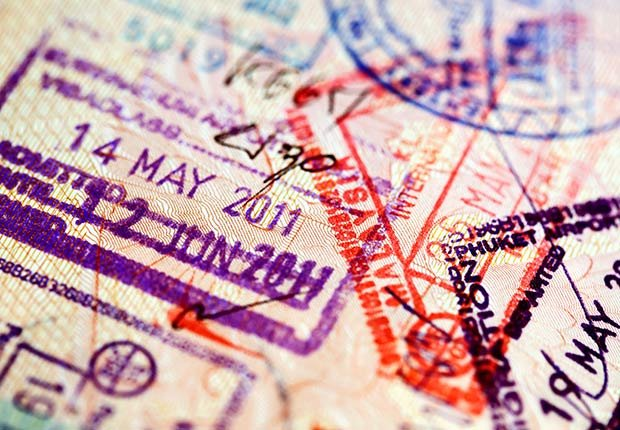 Sellos en un pasaportes - Diez cosas nunca deben hacer de nuevo después de 50 años de edad
