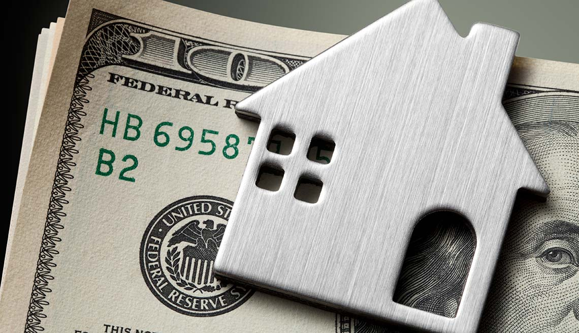 Billete de 100 dólares - Deberías ayudar a tu hijo a comprar una casa