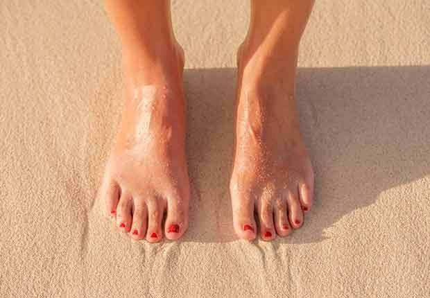 Pies en la arena - Guía para sobrevivir al verano