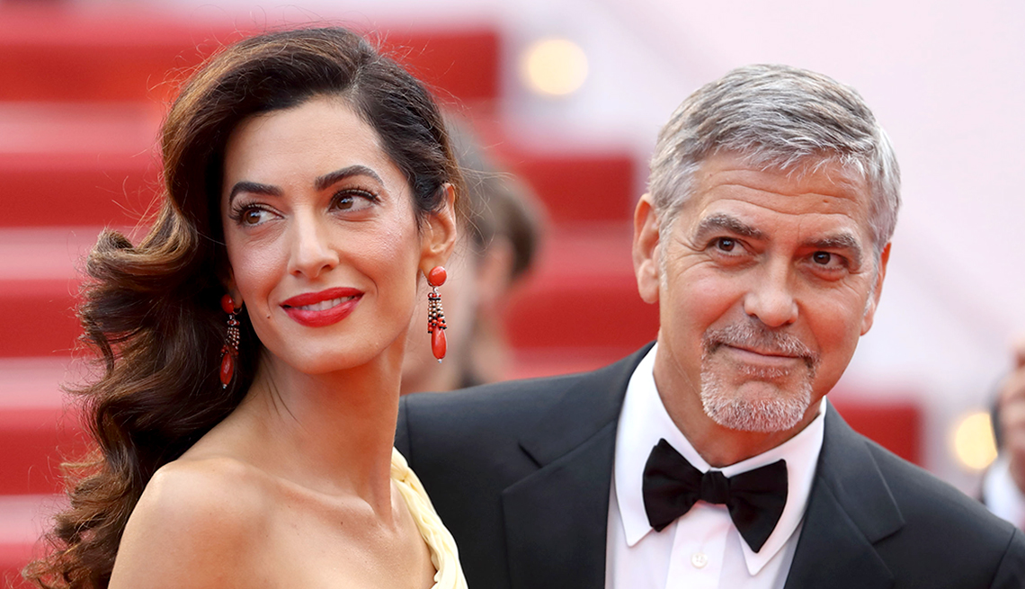 Clooneys Expecting Twins