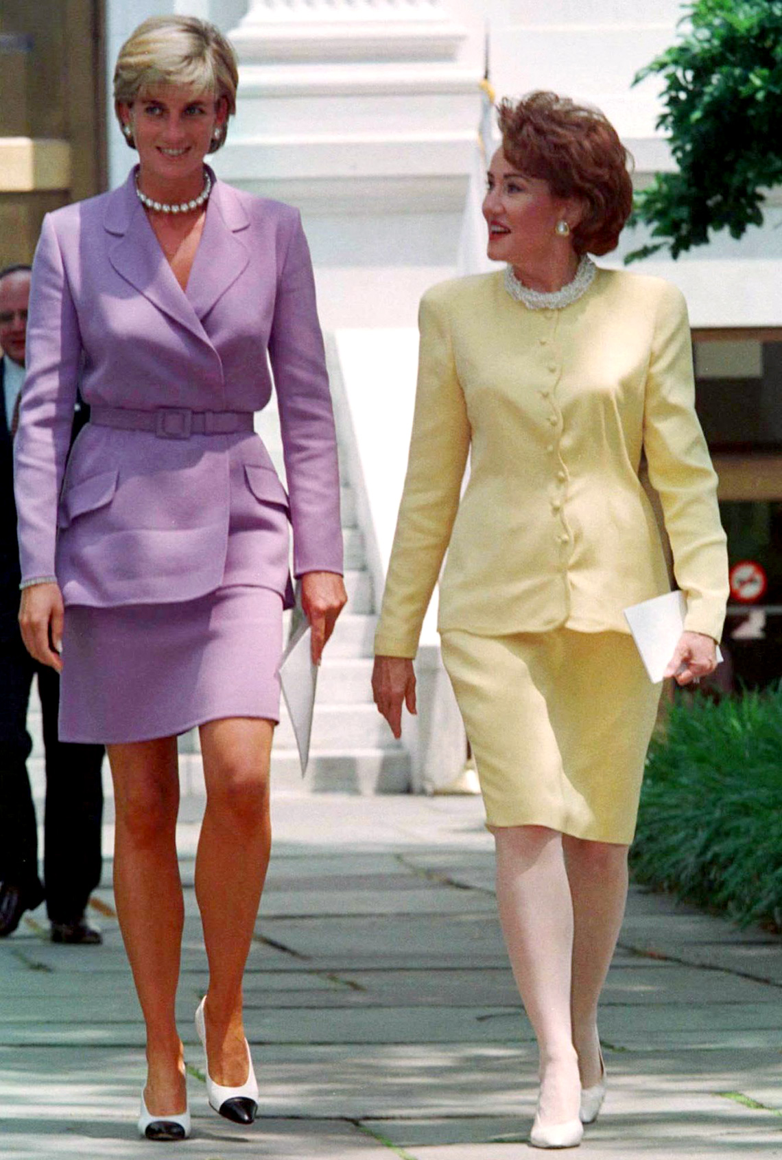 Princess Diana and Red Cross president Elizabeth Dole in Washington, D.C. in 1997.
