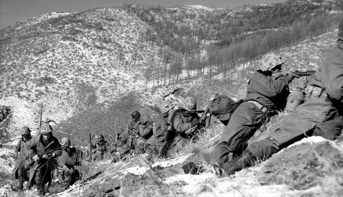 U.S. Marine infantrymen