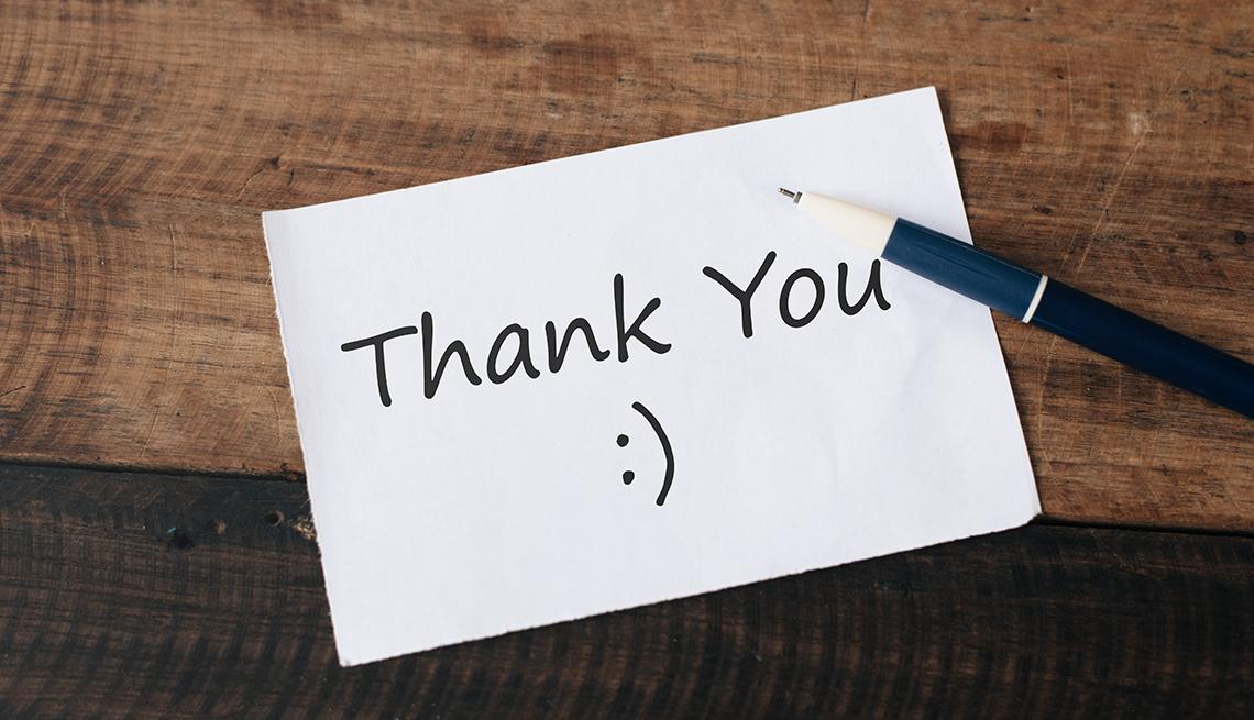 Anotación en una hoja donde se puede leer -Thank You-