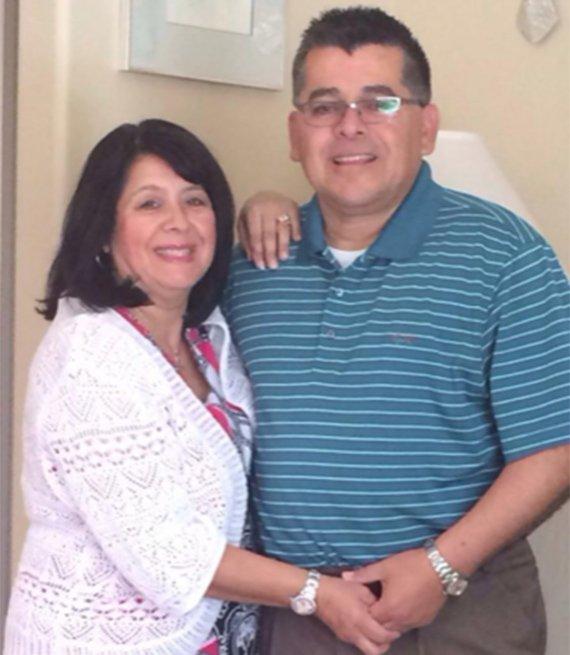 Terri J. Correa y su esposo
