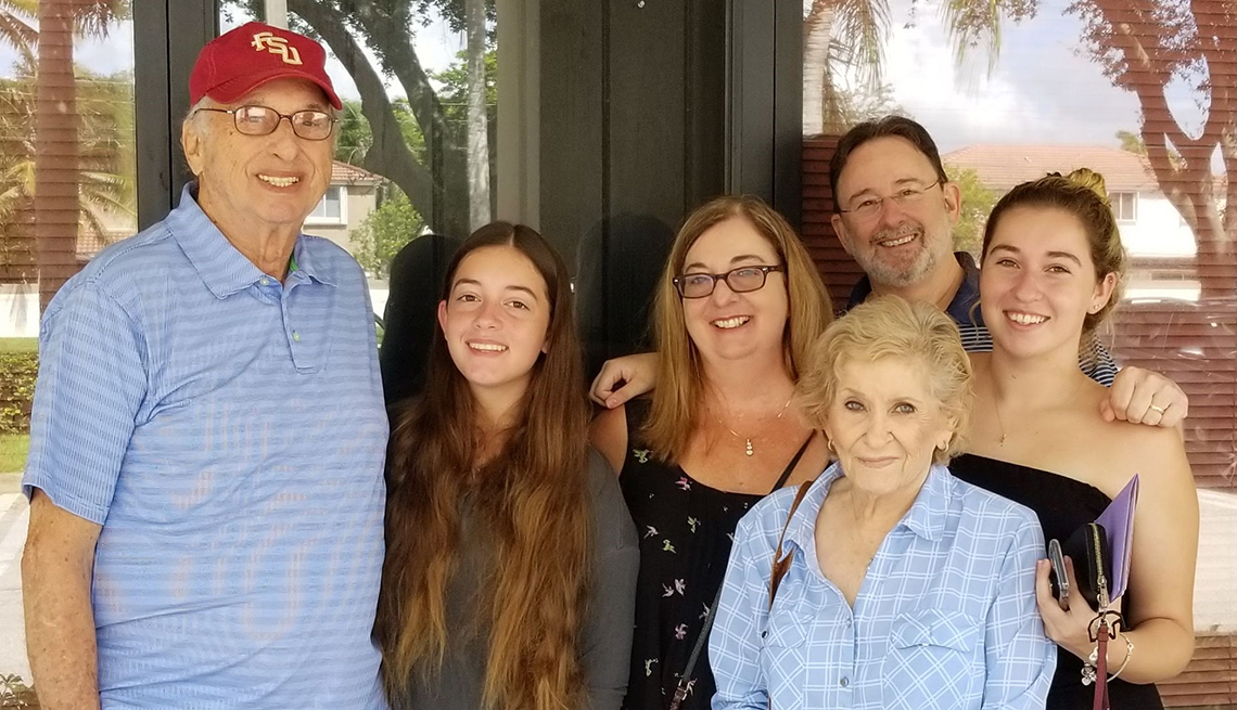 item 16 of Gallery image - Alan Applebaum with his family