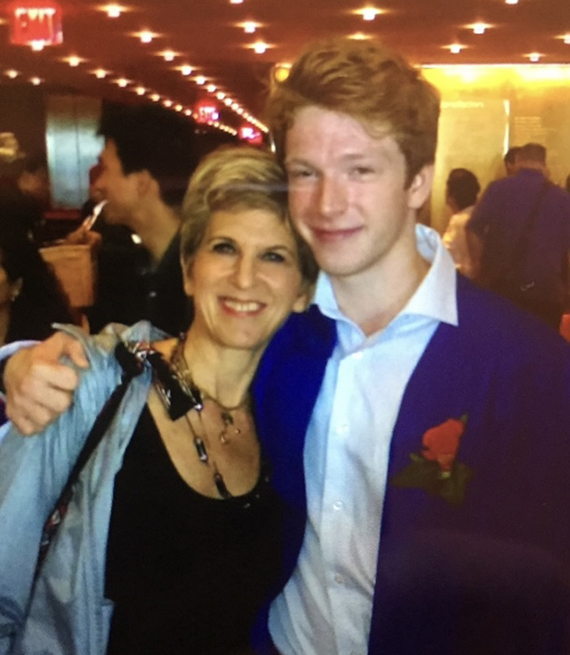 Sara Oppenheim y su hijo Julian