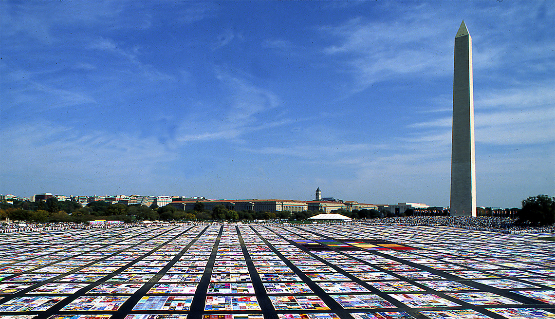 The AIDS Memorial Quilt spans across the entire National Mall in October 1996.