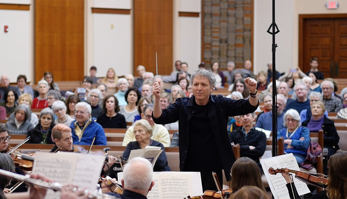 Me2Orchestra performing