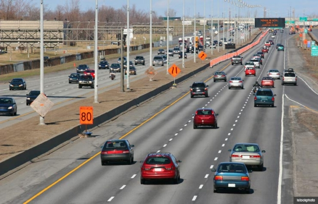 Traffic on highway. Safe driving techniques. (Istockphoto)