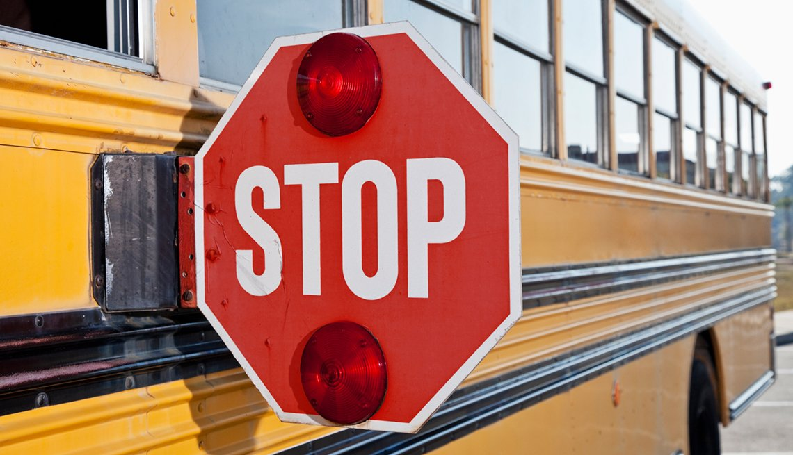 Stop sign on side of school bus, Driver Resource Center