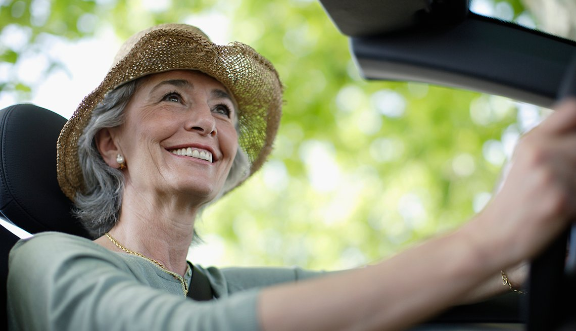 Woman Drives A Convertible Fair Weather Driving Pros And Cons Of Ing