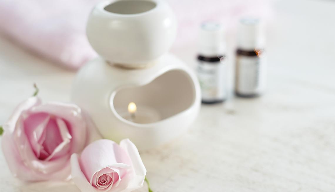 Difusor de aromaterapia con rosas rosadas