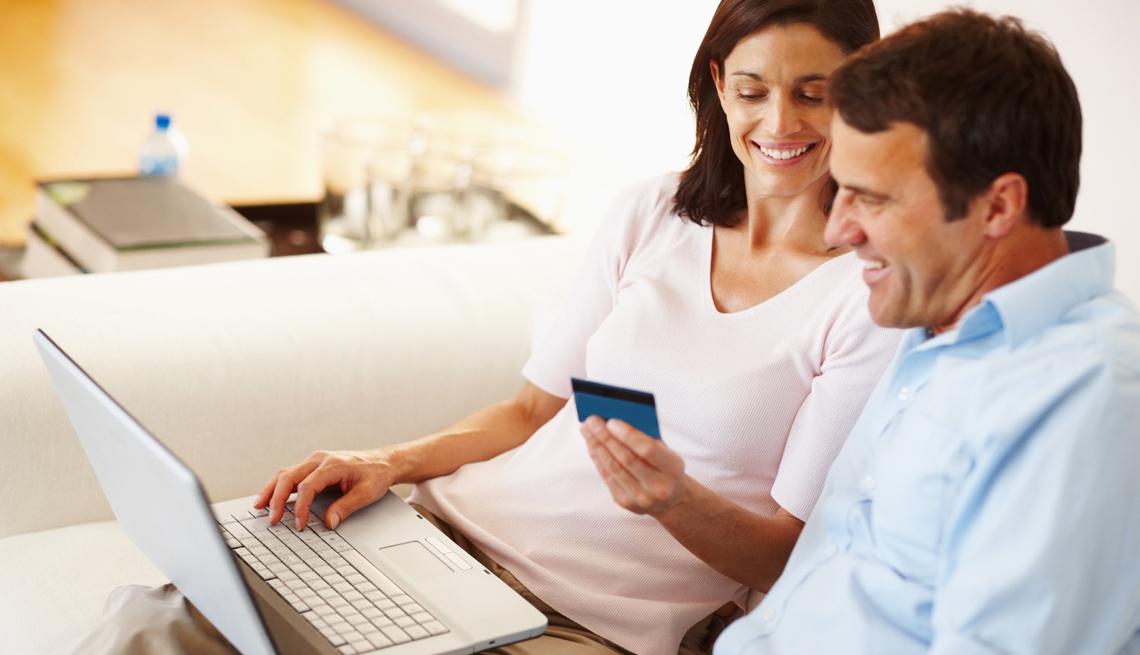 Estrategias para comprar muebles por internet