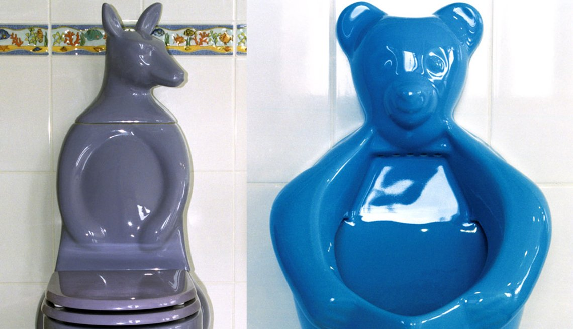A ceramic Kangaroo Toilet and a Bear Shaped Urinal for children in Turkey - Toilets around the world