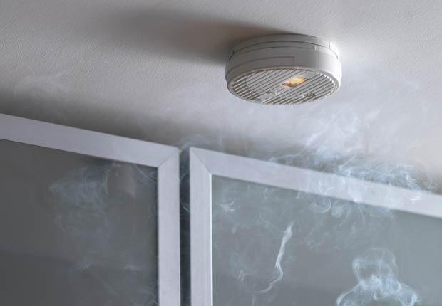 Detector de humo, 10 consejos para prevenir accidentes en el hogar